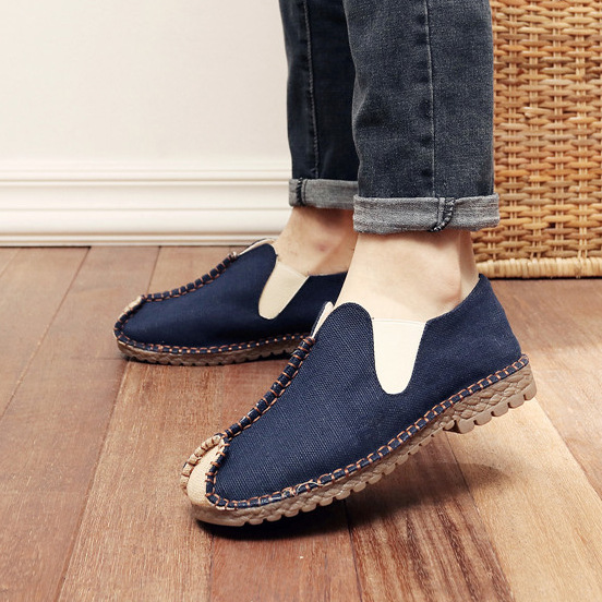 Vintage Men Flat Shoes Breathable Canvas Male Shoes Soft Mens Casual Shoes Luxury Slip On Loafers Driving Shoes 2018 Summer New