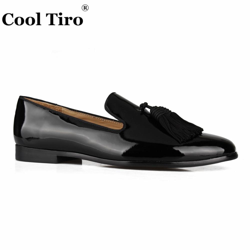 Cool tiro 블랙 특허 가죽 로퍼 남성 모카신 tassels 슬리퍼 웨딩 댄스 파티 남성 정장 구두 비즈니스 플랫 캐주얼 신발-에서남성용 캐주얼 신발부터 신발 의  그룹 2