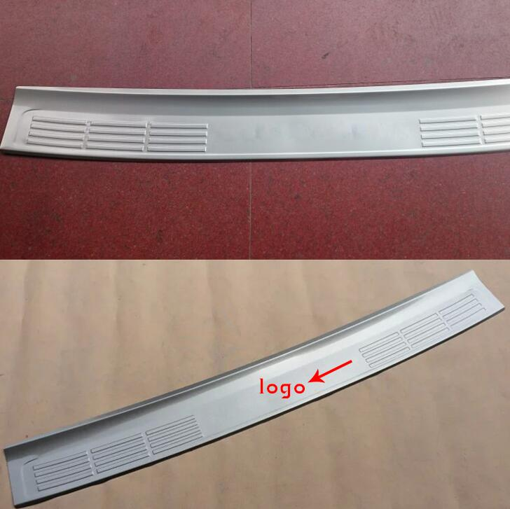 Steel Rear Bumper Protector Plate Cover for Toyota Land Cruiser LC200 2008-2017