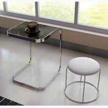 Столик из закаленного стекла. Квадратный компьютерный столик для дивана