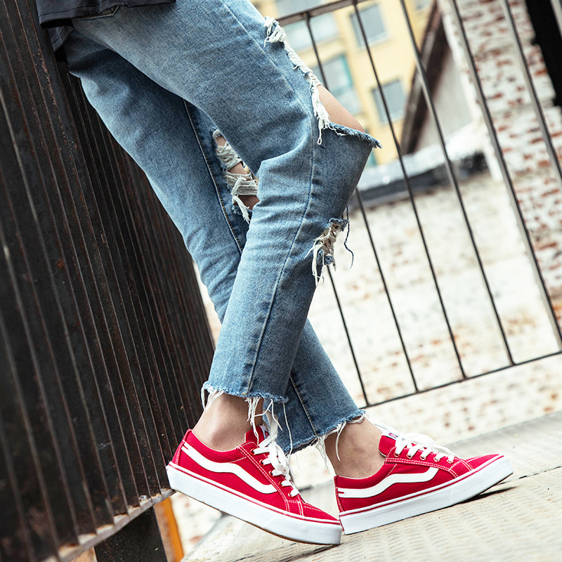85f670c046ba Student Fitness Shoes Woman Flat Sports Canvas Shoes Girl Oxford Shoes  Retro Couple Flat Shoes For Women Low Tide Sneakers Women-in Skateboarding  from ...