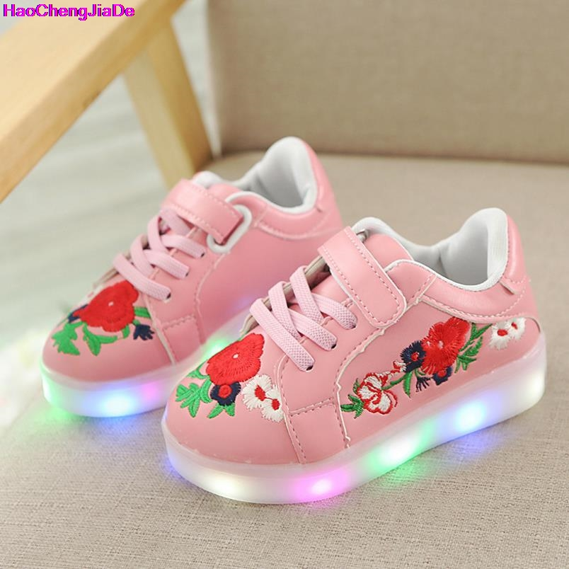 HaoChengJiaDe Children Casual Shoes With Light LED Boys Girls Sneakers Cute Flowers Lighted Sport Shoes Fashion Luminous Boots