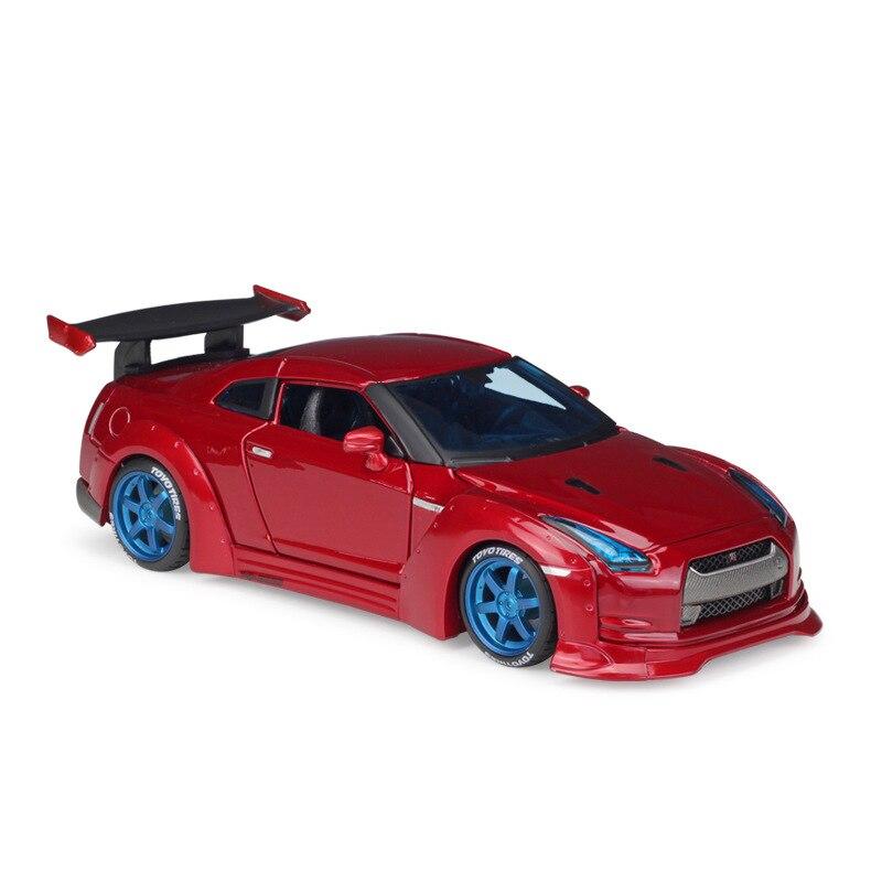 Maisto 1:24 Nissan GTR Tuned Car Tokyo Mod Red Diecast Model Car Toy Cars