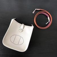 LACATTURA Classic Paris Type Luxury Brand Design Women Messenger Bag High Quality Genuine Leather Mini Evelyne Crossbody Bag