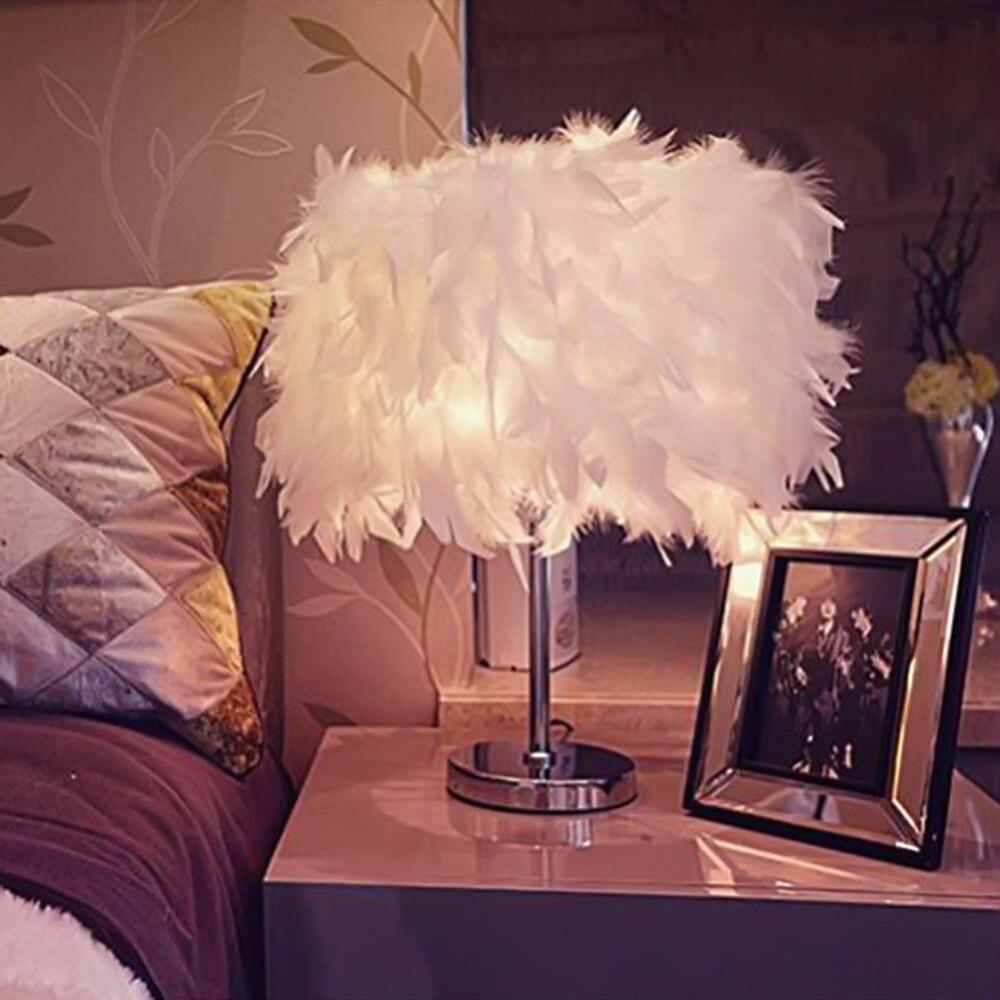 Chevet salle de lecture hall salon salon avec blanc de table de plumes - Creative Mode Blanc Bleu Rose Plume Lampe De Table Chambre Lampes De Chevet Salon