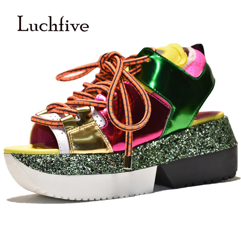 2018 Bling Platform Sandals Women Open Toe Patent Leather Partchwork Wedages Sneakers Summer For Women Fashion Casual Shoes