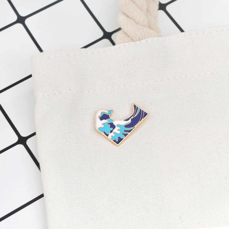 Милая модная индивидуальная брошь для мужчин и женщин с синими волнами, эмалированная брошка мультфильм сумка со значками, пальто, булавки, ювелирные изделия