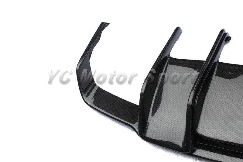 Автомобиль Интимные аксессуары углерода Волокно РНТ Стиль сзади диффузор, пригодный для 2011-2013 МБ W218 cls63 amg задний диффузор
