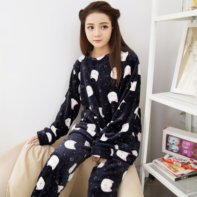 Autumn Winter Women Thicken Pajamas Set cute printed Sleepwear Warm  Nightgown for Women Warm Flannel Pajamas Set Two-piece suit 6f4af075e