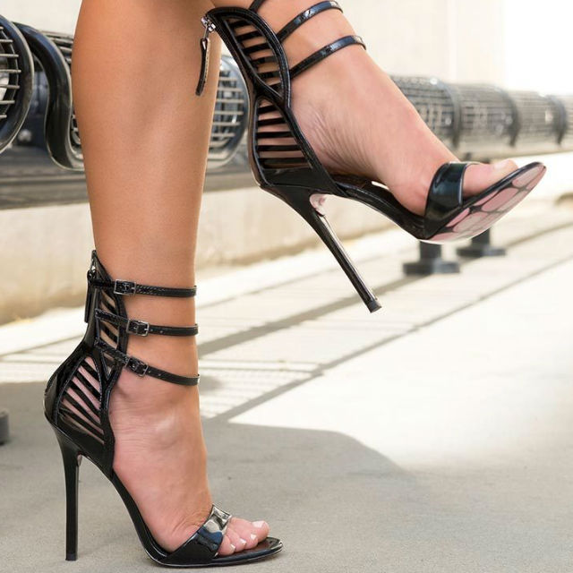 цена high quality black patent leather high heel sandal 2017 summer sexy open toe thin heels sandal woman cutouts gladiator sandal