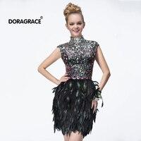 Роскошное с высоким воротом кепки рукавом открытой спиной Кристалл вышитое бисером вечернее платье короткое перо вечерние платья DGC005