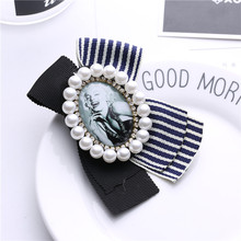 цена на Big Size Bow Lady Hat Scarf Pin Brooch Clothes Pin Antique Pearl Crystal Lady Clothes cc Brooch Pin