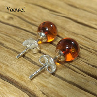 Yoowei 7mm Round Natural Amber Earrings for Women Chic Stud Earring Cognac Color Lady Fashion Baltic Amber Jewelry Wholesale