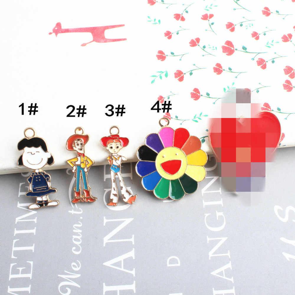 10 sztuk/partia śliczne zabawka z kreskówki Story 2 szeryf Woody Jessie emalia Dangle Charms wisiorek dla kobiet DIY biżuteria zrobić akcesoria
