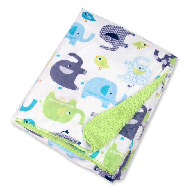 Warm Swaddling Blankets with Cartoony Animals Designs