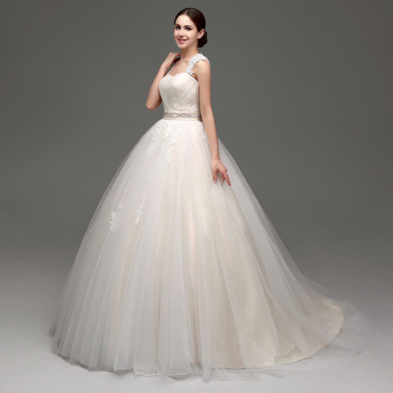 2019 Wedding Dress Tulle with Lace Applique Wide Lace Straps Bridal Gowns Ball Gown Light Champagne