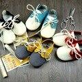 Duro de goma suela de Cuero Genuino hecha a mano del bebé zapatos Primeros Caminante Del Niño del bebé mocasines antideslizantes Infantiles cordones Zapatos suaves