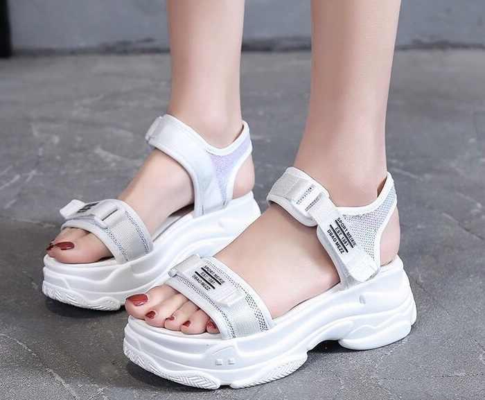 6 CM sandalet kadın 2019 platform sandaletler Bayanlar Yaz ayakkabı Takozlar burnu açık yüksek topuklu sandalet siyah beyaz kadın