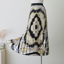 2019 Spring Summer European Printing Geometric Diamond Pattern High Elasticity Pleated High Street A-line Women Long Skirts