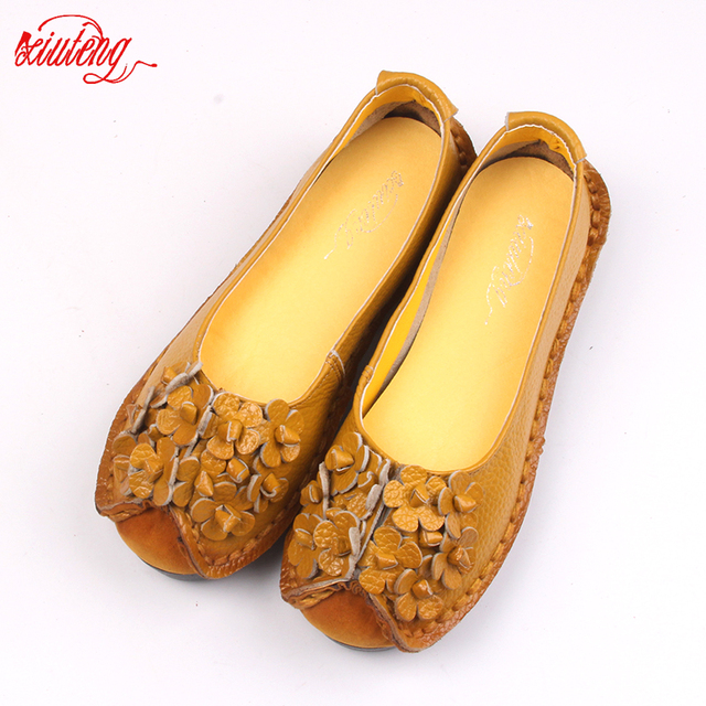 Xiuteng 2017 Summer Soft Moccasins casual shoes women Flowers High Quality Brand Genuine Leather Shoes lady Flats Driving Shoes