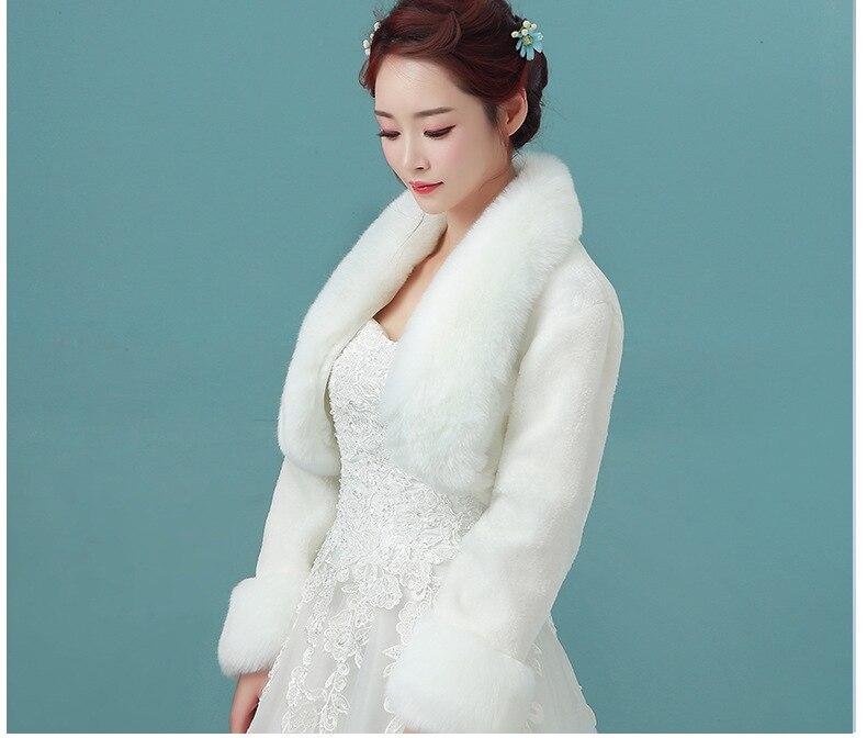 2018 Faux Fur Nuptiale De Mariage Wraps Blanc Rouge De Mariage D'hiver Manteaux Vestes Boléro Pour Robe de Soirée Chaud De Mariée Châle Cape LT036