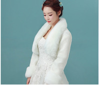 2018 Faux Fur Bridal Wedding Wraps White Red Winter Wedding Coats Jackets Bolero For Evening Dress Warm Bridal Shawl Cape LT036
