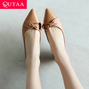 QUTAA 2019 Women Shoes Cow Leather+pu All Match Platform Shallow Square Heel Pointed Toe Low Heel Ladies Pumps Size 34-39