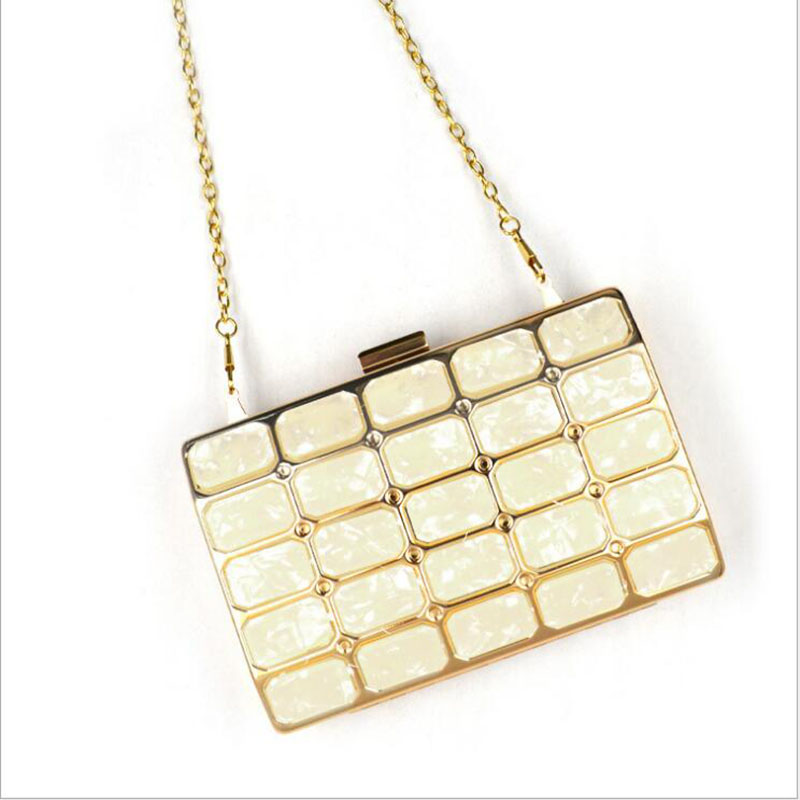 Women Evening Gag Diamonds Metal Day Clutches With Chain Shoulder Purse Frame Ladies Handbag Acrylic Dinner Party Bag beige