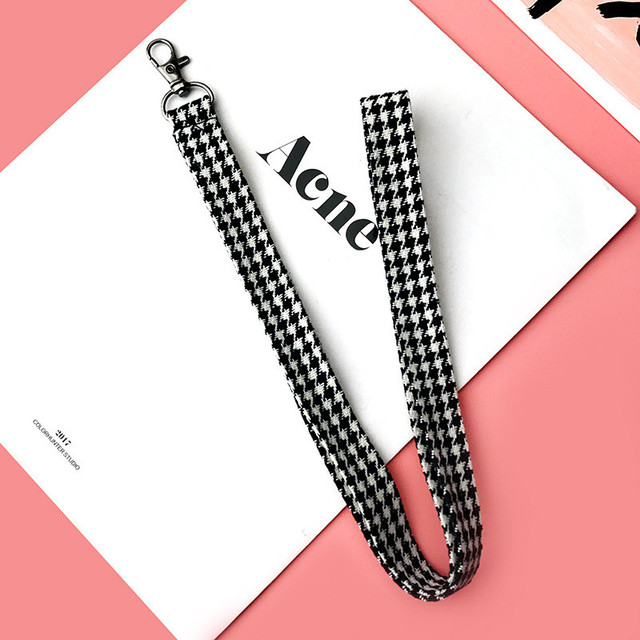 Plaid Patterned Mobile Phone Strap