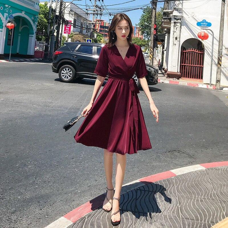 2019 夏の服無地ボヘミアンセクシーなホルターストラップ赤だった薄型ドレス  グループ上の レディース衣服 からの ドレス の中 1