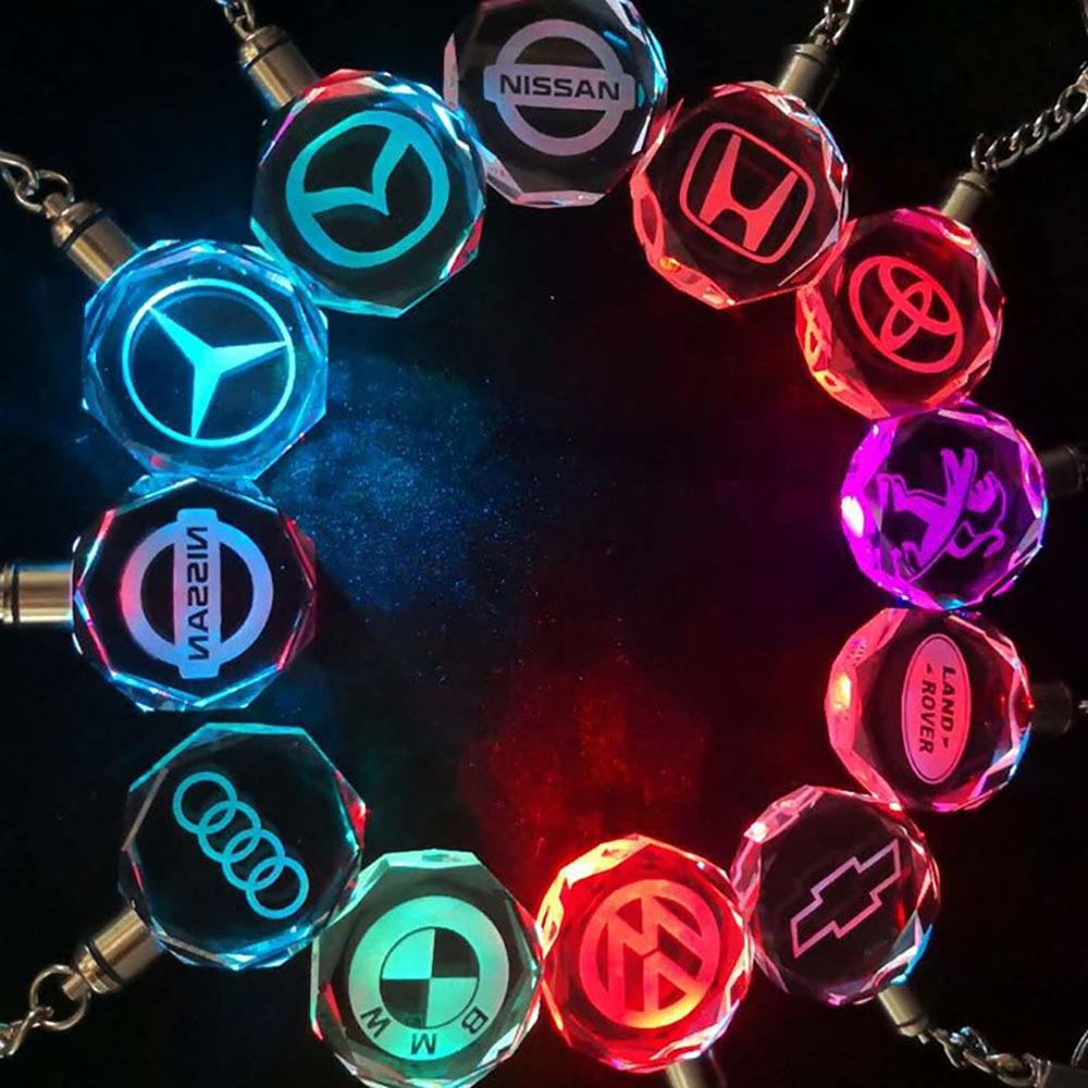 все цены на Customized Laser Engraved Crystal Key Chains Colorful LED Light Car Logo Key Ring Audi Benz GMC Borgward KIA Key Holder SP1854 онлайн