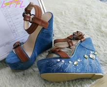 Summer Hot Crystal Side Women Fashion Blue Denim Sandals Brown Leather Buckles Ladies Sexy Wedge Heel High Quality Shoe