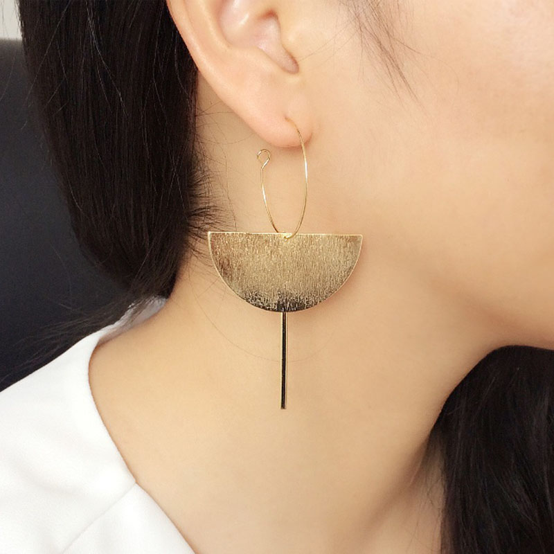 2018 Fashion Gold Color Punk Simple Half Round Bar Earrings For Women Ear Hanging Earrings Jewelry Geometry Brincos Bijoux Femme золотые серьги по уху