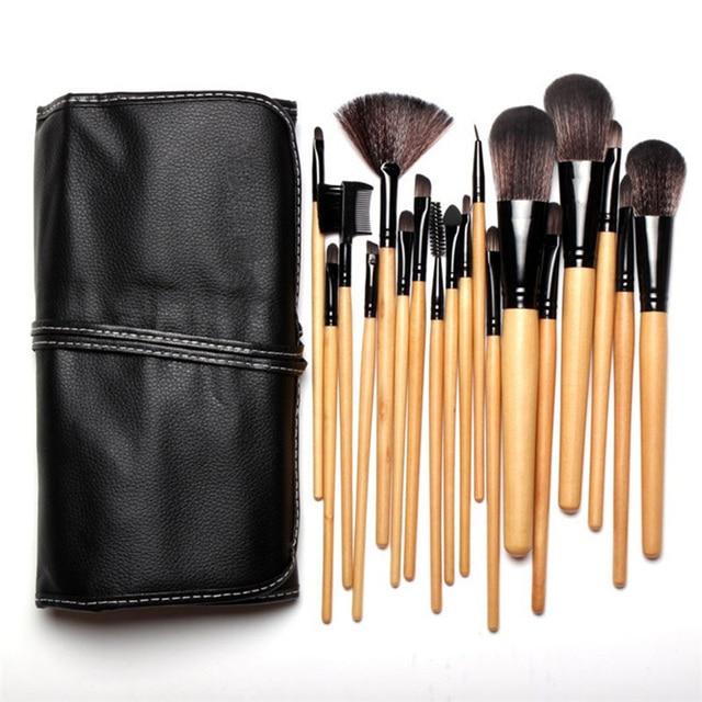 865917ddaf4e US $12.49 31% OFF|Clearance Wooden Handle Makeup Brush Set 32PCS Eye Liner  Lip Base Foundation Powder Brush Eyebrow Fan Brushes Maquillage -in Eye ...