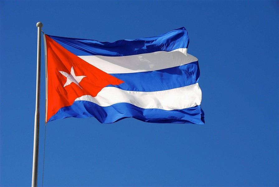 2016 Kubas karoga poliestera karogs 5 * 3 FT 150 * 90 CM Augstas kvalitātes lēta cena natūrā