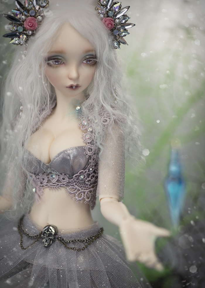 HeHeBJD free shipping 1/4 bjd  Sia human and  Sia(Seahorse) free eyes-in Dolls from Toys & Hobbies    3