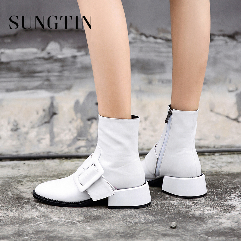 Sungtin Solid White Genuine Leather Riding Punk Boots Mid Heel Women Ankle Boots Winter Warm Womens Short Boots Ladies Booties цена 2017