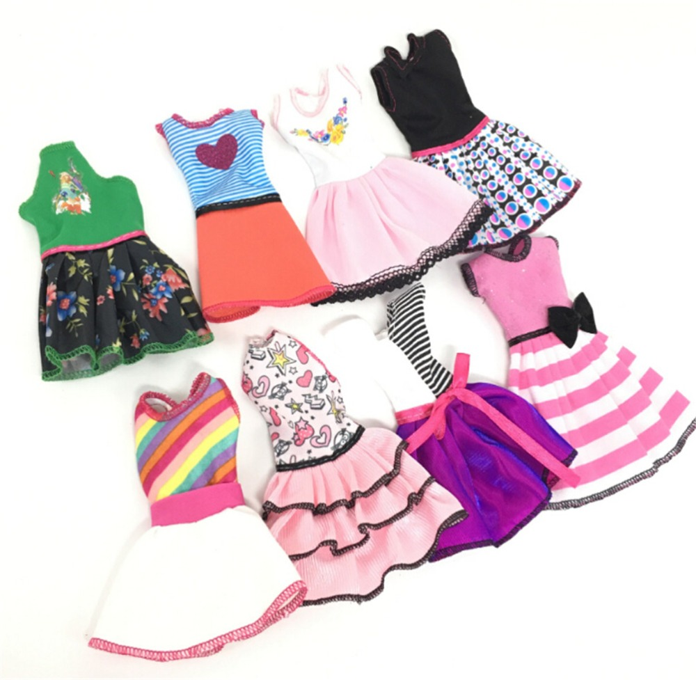 1PCS-Handmade-Dress-Fashion-Clothes-For-Barbie-Doll-Accessories-Play-House-Dressing-Up-Costume-Kids-Toys
