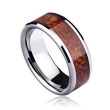 Nueva ARRIAVEL 6 MM / 8 MM con diseño redondeado de tungsteno anillo a prueba de arañazos Cobalt gratuito para el hombre incrustaciones Koa Wood tamaño 5-11 del envío gratis