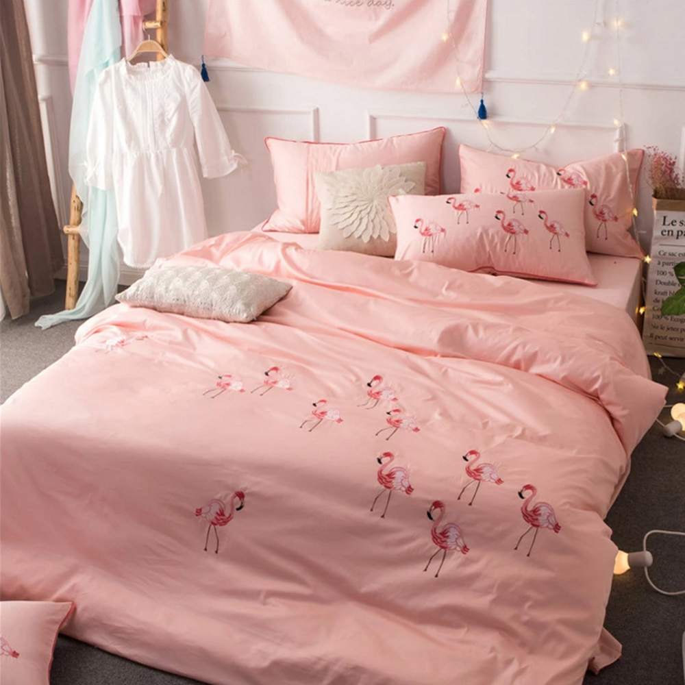 60S Egyptian Cotton Cartoon Flamingo Embroidery Pink Embroidered Bedding Set Princess Grils Duvet Cover Sheet 4pcs Sets
