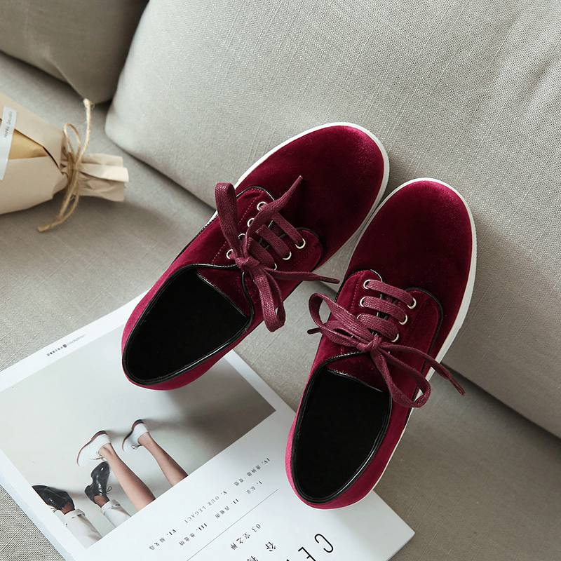 ФОТО New fashion brand shoes flat platform velvet round toe increased lace up casual women shoes high quality solid lady shoes 3-2