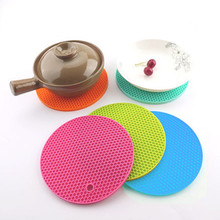 73197cba289 18cm Honeycomb Silicone Round Non-slip Heat Resistant Mat Coaster Cushion  Placemat Pot Holder Kitchen