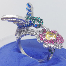 New 2017 Fashion Hummingbird Hovering Flower Ring Fashion Weddings Rings Jewelry For Women Souvenirs can dropshiping