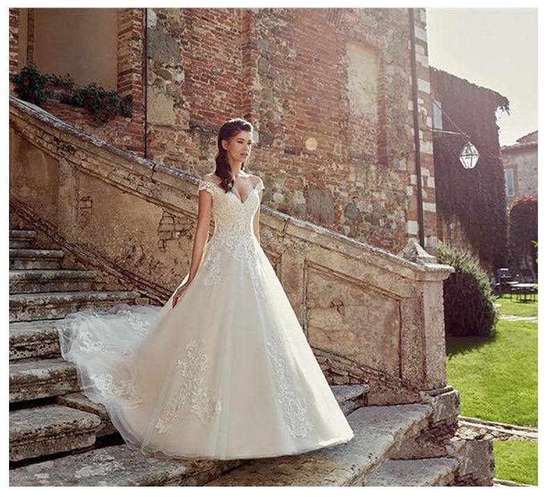 2019 Lace Informal Wedding Dresses Off The Shoulder Bride Dresses Appliques Sweetheart Floor Length Wedding Dress Ball Gowns