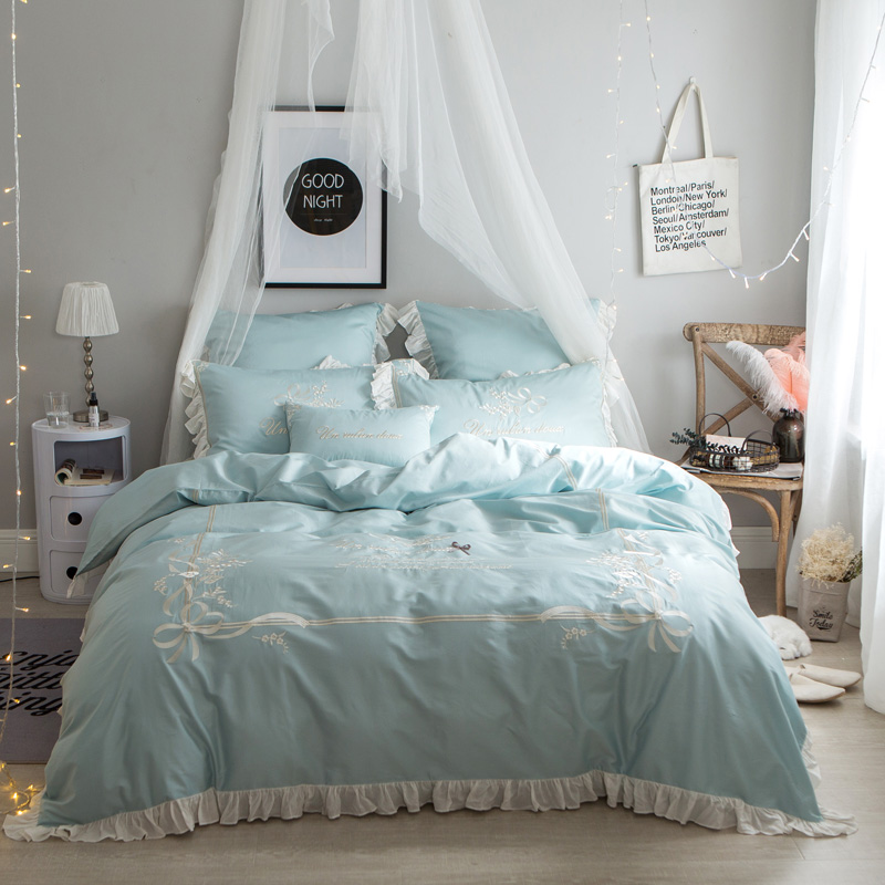 Luxury Blue Egyptian Cotton Oriental princess Bedding set Queen King size Embroidery Decorative bed duvet cover 40