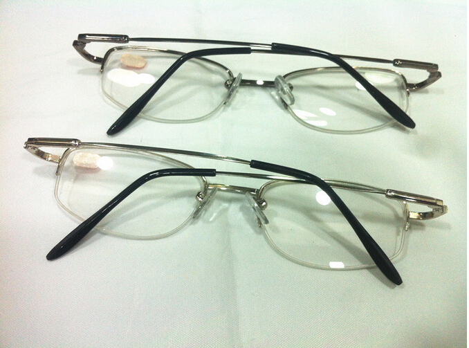 f728d7a1204 Metal Half Frame Unisex Nearsighted Myopia Reading Glasses Half Rim Alloy  Nearsighted Glasses10pcs lot-in Reading Glasses from Apparel Accessories on  ...