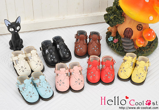 Free shipping High quality Handmade Engraved t-shaped Doll shoes,doll accessories for Blythe Lati Yellow licca gift toys free shipping handmade custom made skirt 2 jewelry doll clothes for blythe fr licca azone doll accessories toys gift