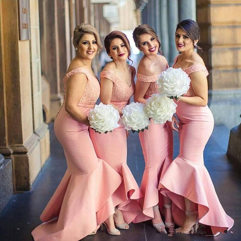 2017 Recién Llegado de Hombro Árabe Vestido De Dama Barato de Alta bajo dubai de