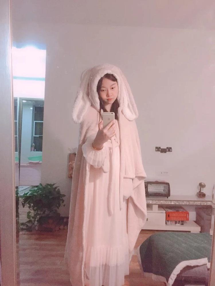 Cute Pink Comfy Blanket Sweatshirt Winter Warm Adults and Children Rabbit Ear Hooded Fleece Blanket Sleepwear Huge Bed Blankets 106