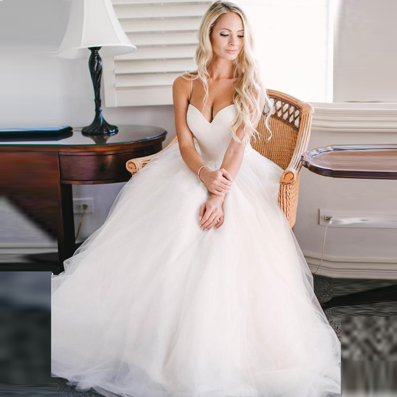 Beautiful Woman In Wedding Dress: Sample Tulle Wedding Dresses Vestido 2017 Plus Size Women